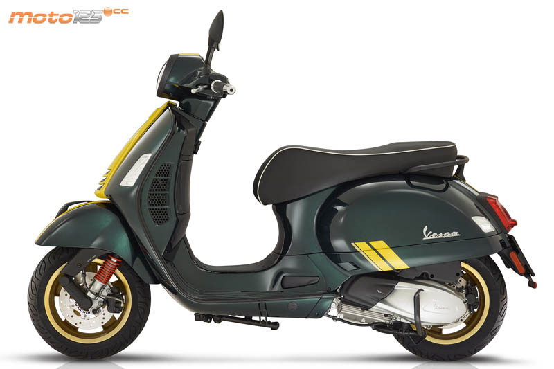 EICMA19 - Vespa GTS Super Racing Sixties 125