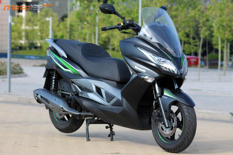 https://www.moto125.cc/images/stories/motos/m690/f038.jpg