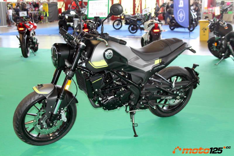 En breve Benelli TRK 125 y Leoncino 125 Motorama%20-%20Benelli%20Leoncino%20125%20-%2001